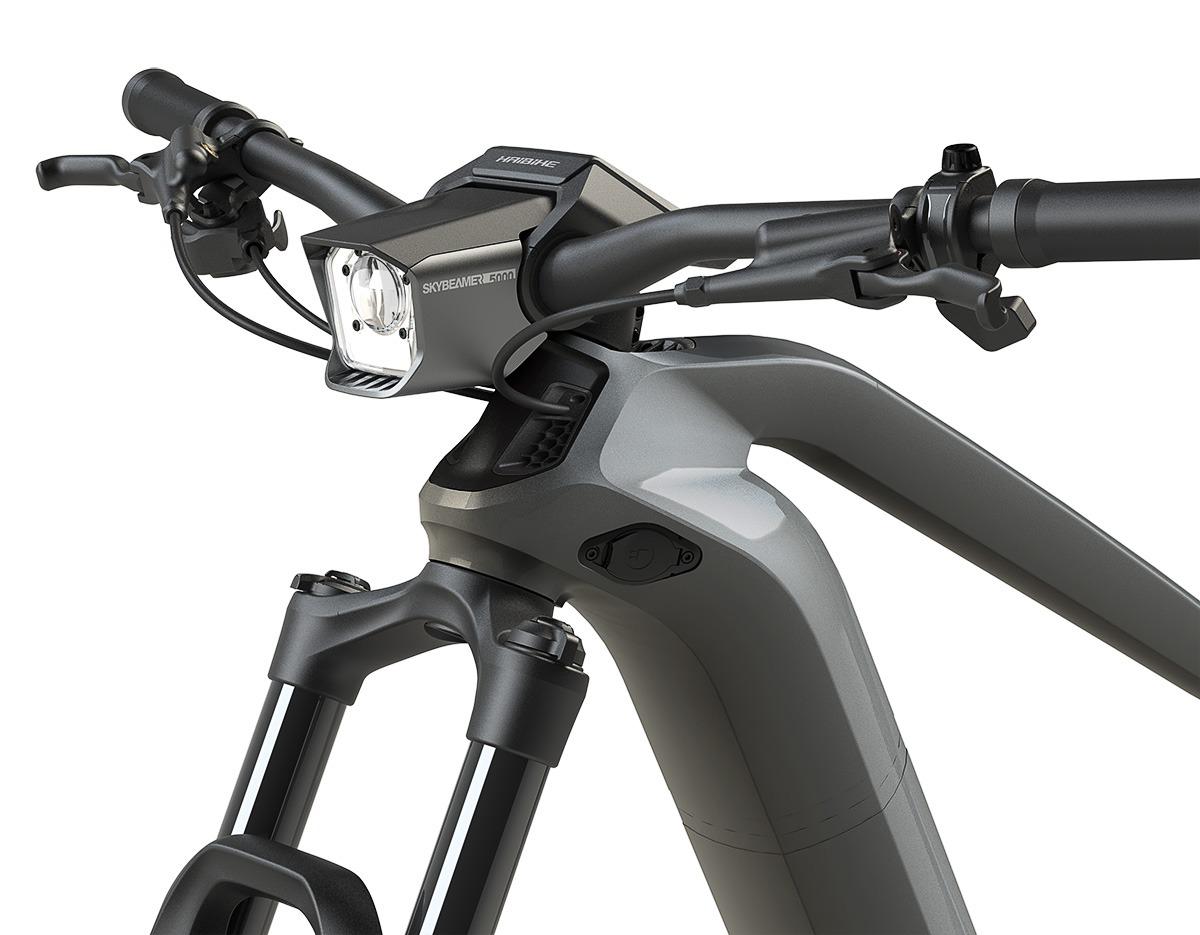 Integrierter Fahrradscheinwerfer am FLYON von Haibike