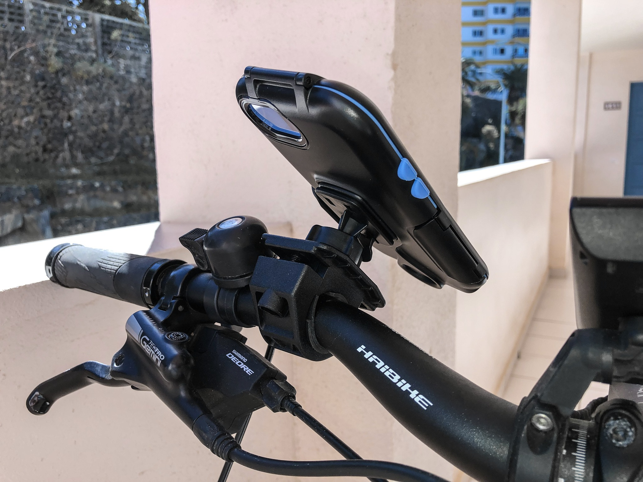 test tour case handyhalterung f rs fahrrad e bike spass. Black Bedroom Furniture Sets. Home Design Ideas
