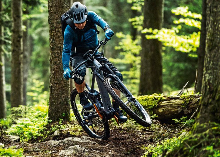 E-Bike mit Bosch Performance Line CX, mit großem Kettenblatt vorn