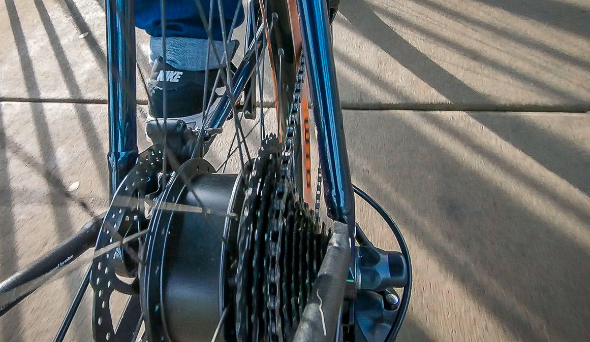 Nabenmotor im Hinterrad des TEN Merano
